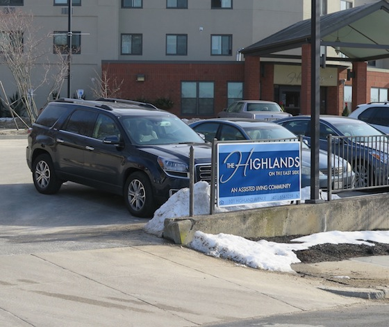Plenty of parking is available at the Highlands.