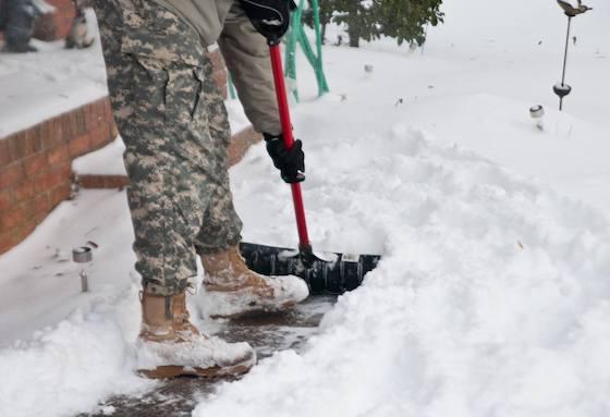 SNA snow shovel